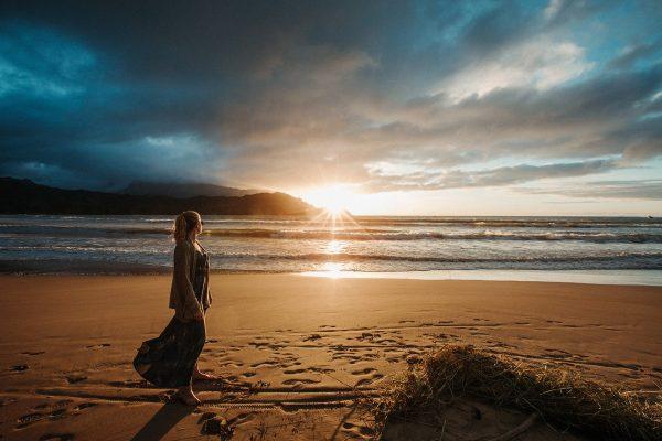 Last Light by Mike Leonard